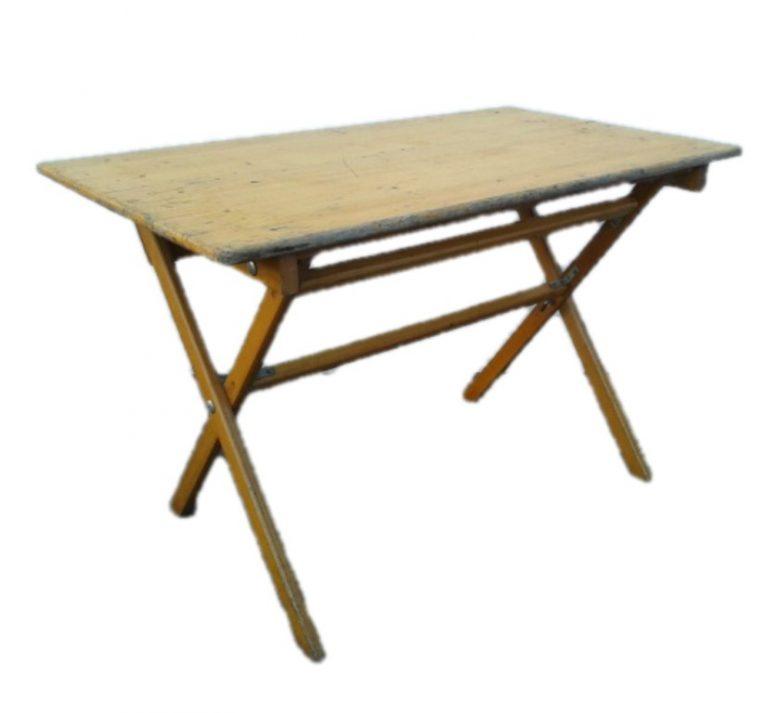 houten tafel groot (Middel)